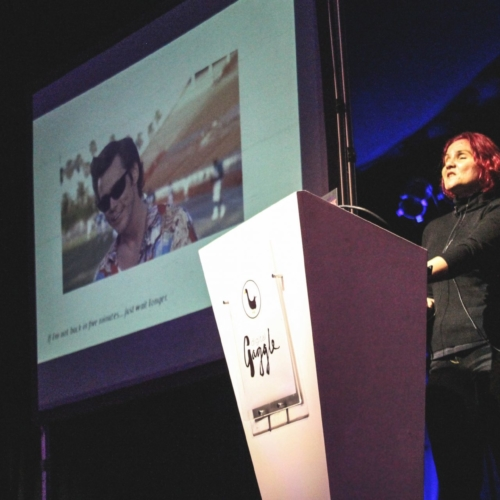 Leonie Watson on stage speaking at Digital Gaggle