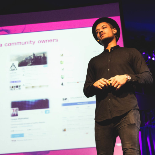 Steven Bartlett on stage at Digital Gaggle
